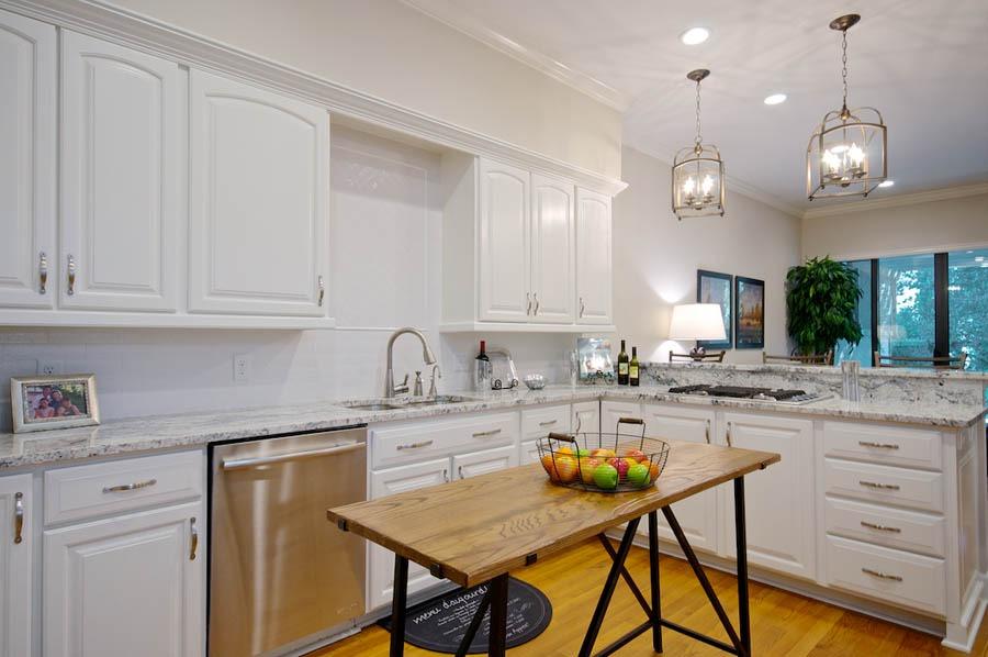 Jacksonville-Interior-Decorator-Linford-Lane-Home-Kishek-Interiors-Living-Room-5